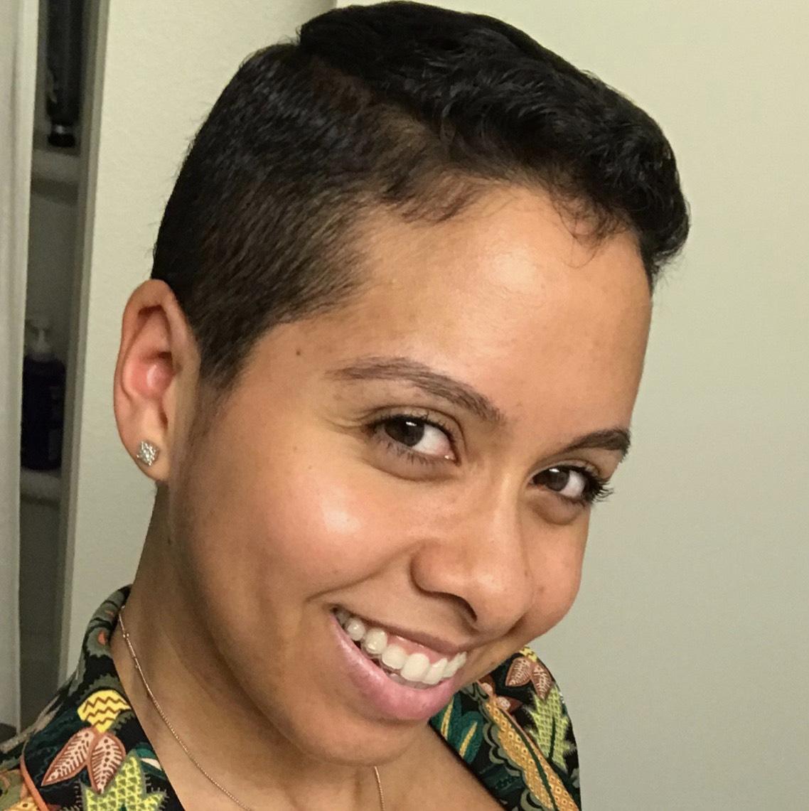 Joanna Thompson Profile Pic